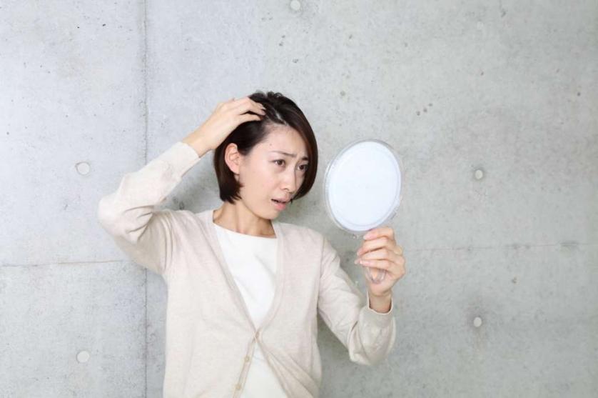 毛髪(女性)6